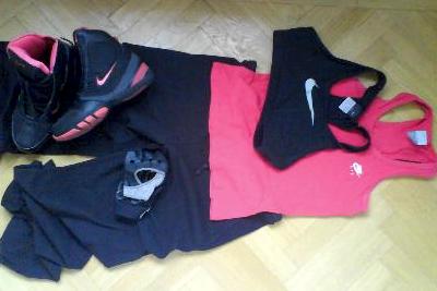 På med träningskläderna och sen till gymmet