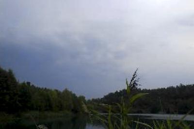 Ena stunden sol och nästa regn och åska