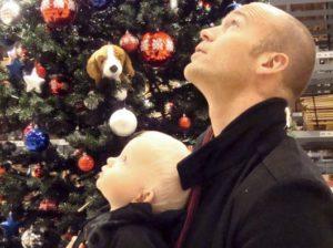 Erik och Vidar i Sigtuna på julmarknad