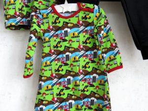 Tyras klänning
