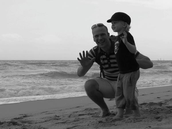 Erik och Vidar jagar vågor