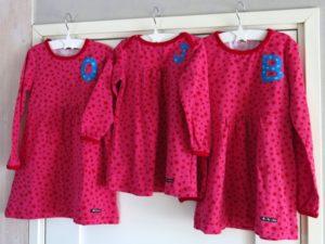tjejernas kläder