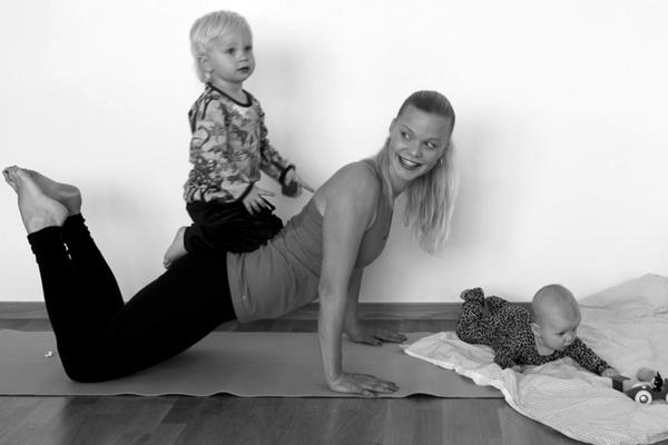 mammaträning med Caroline Nilsson