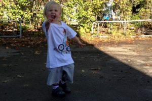 Knatteskutt är en rolig aktivitet för barn