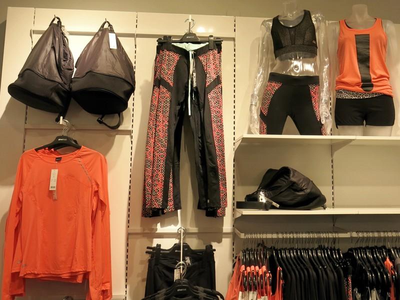 träningskläder på Gina Tricot