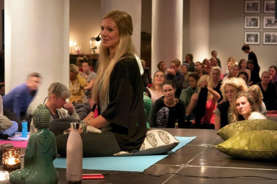 Rachel Girl Yoga Girl