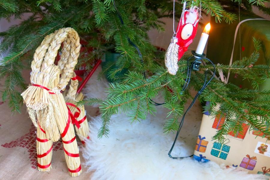 julgransmattan och fårskinnet