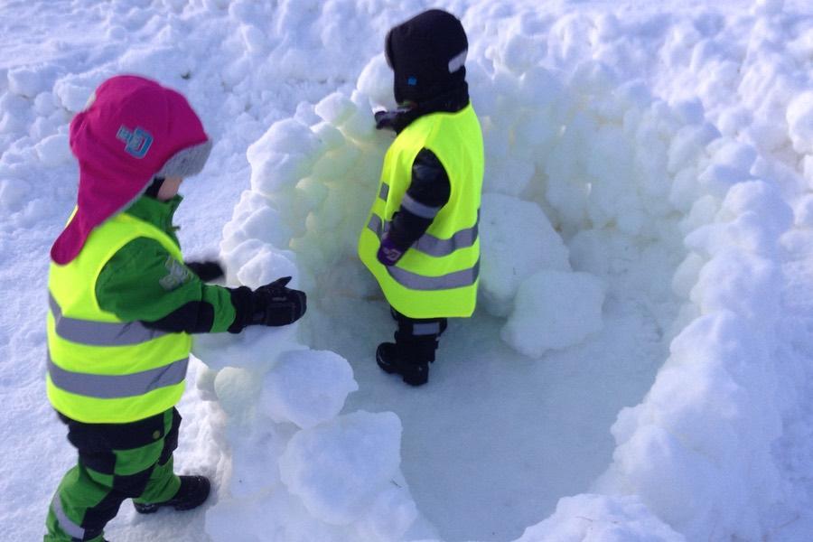 bygga koja i snön