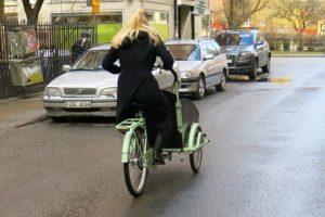 Lådcykel med tre hjul