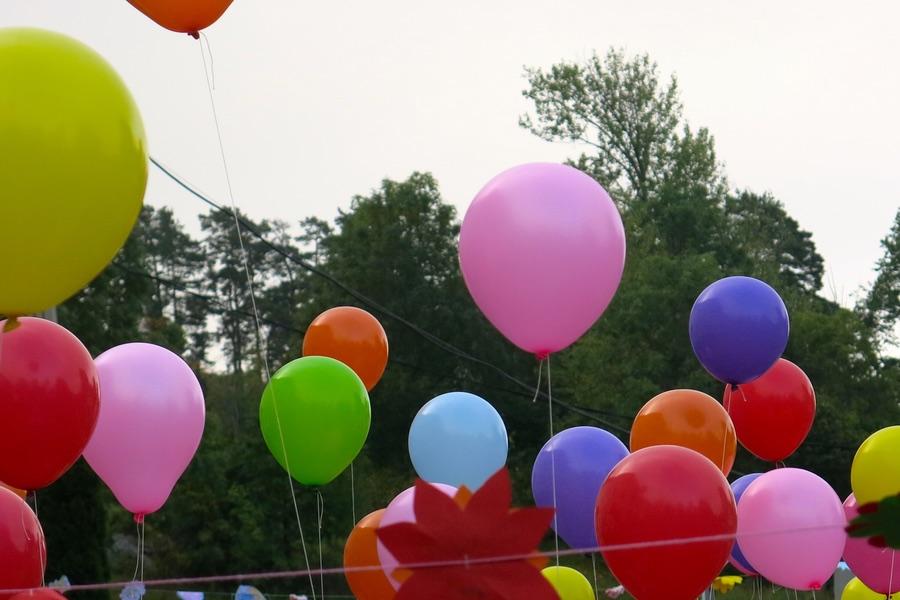 Skolstart med ballongsläpp