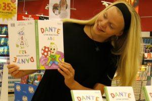 Vi signerar barnboken Dante letar bokstäver/siffror