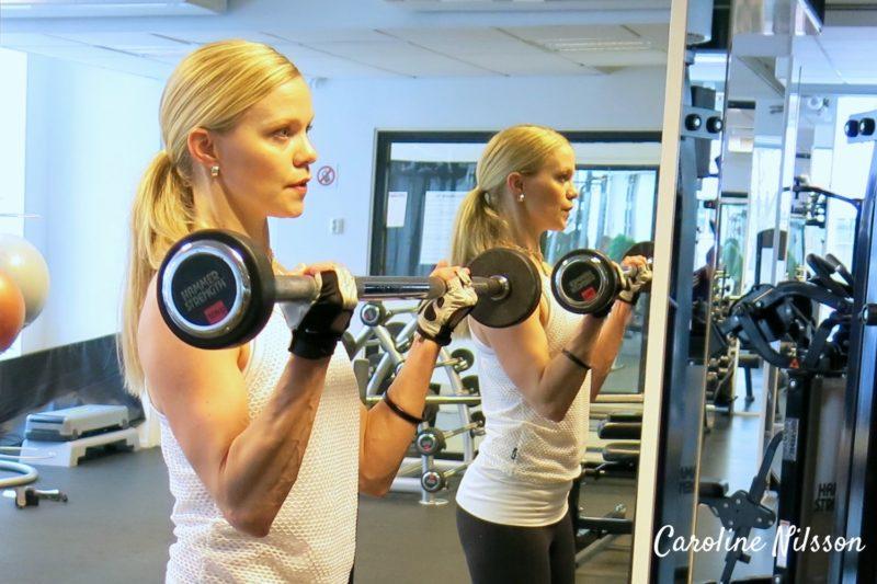 träning för musklerna på armarnas framsida
