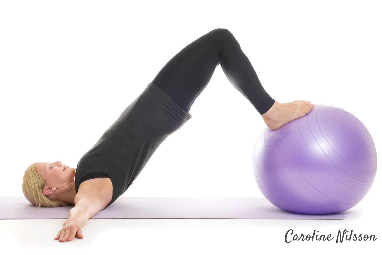 höftlyft med träningsboll