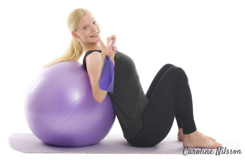 Latsdrag med träningsgummiband