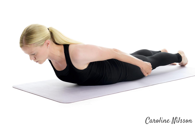 Att lyfta överkroppen är bra träning för ryggen