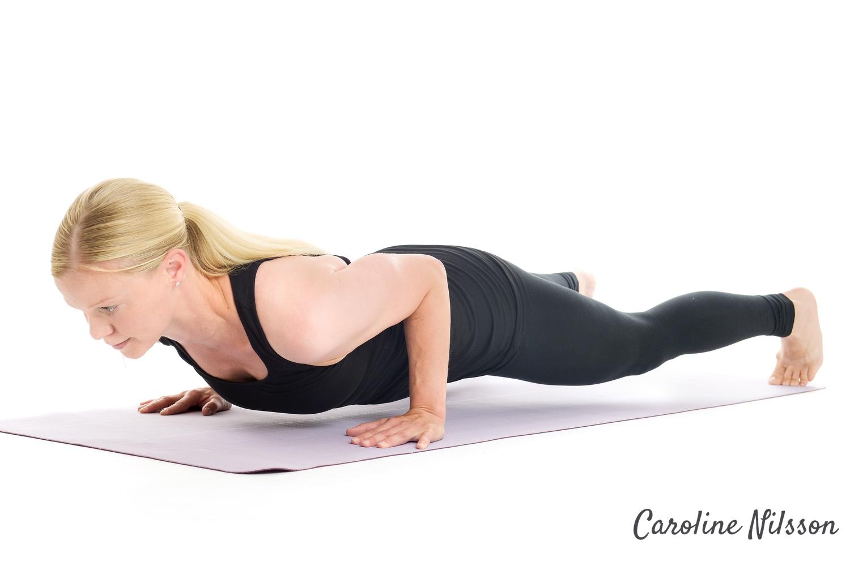 tricepsarmhävningar är bra övning för musklerna på armarnas baksida