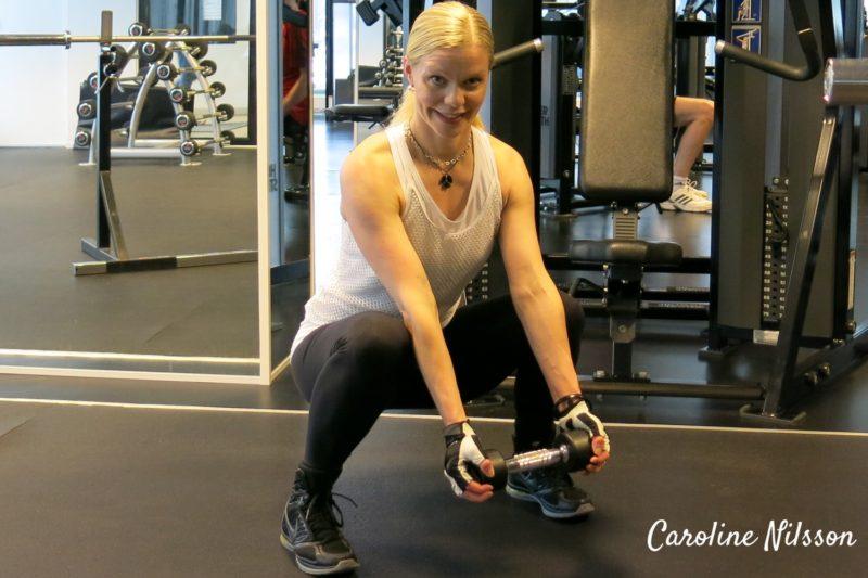 Benböj med hantlar och bicepsböj
