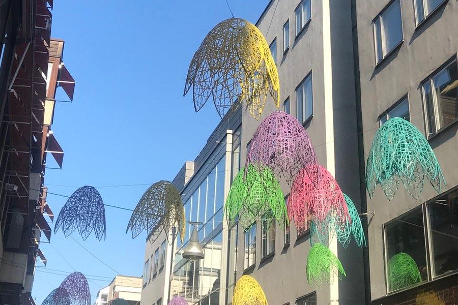 Fina dekorationer ovan Stockholms gator