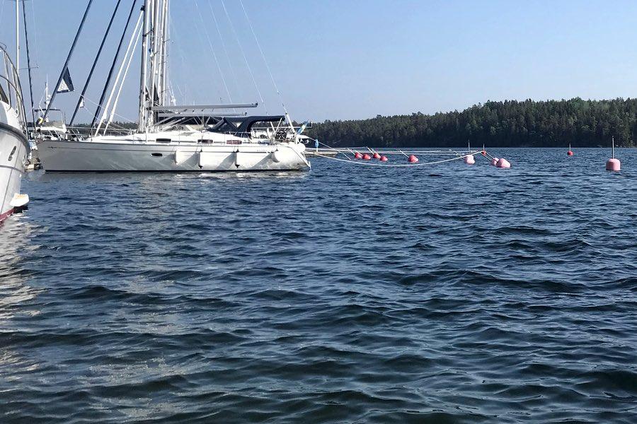 Sparnar på båtar och fiskar med barnen